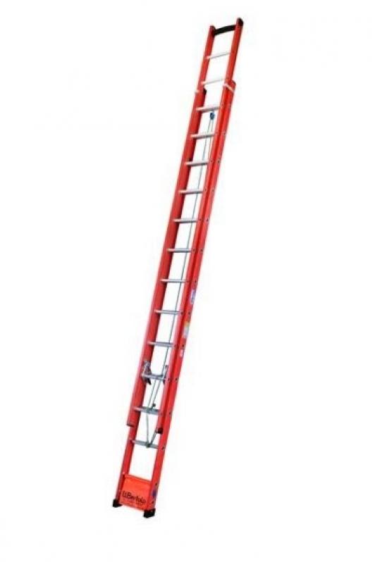 Orçamento para Locação de Escadas 6 Metros Piqueri - Locação de Escadas de Fibra Extensível